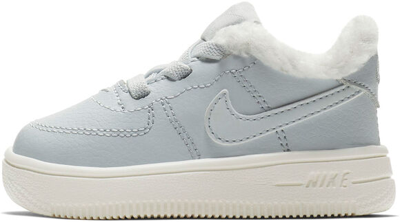 Air Force 1 18 SE kids sneakers